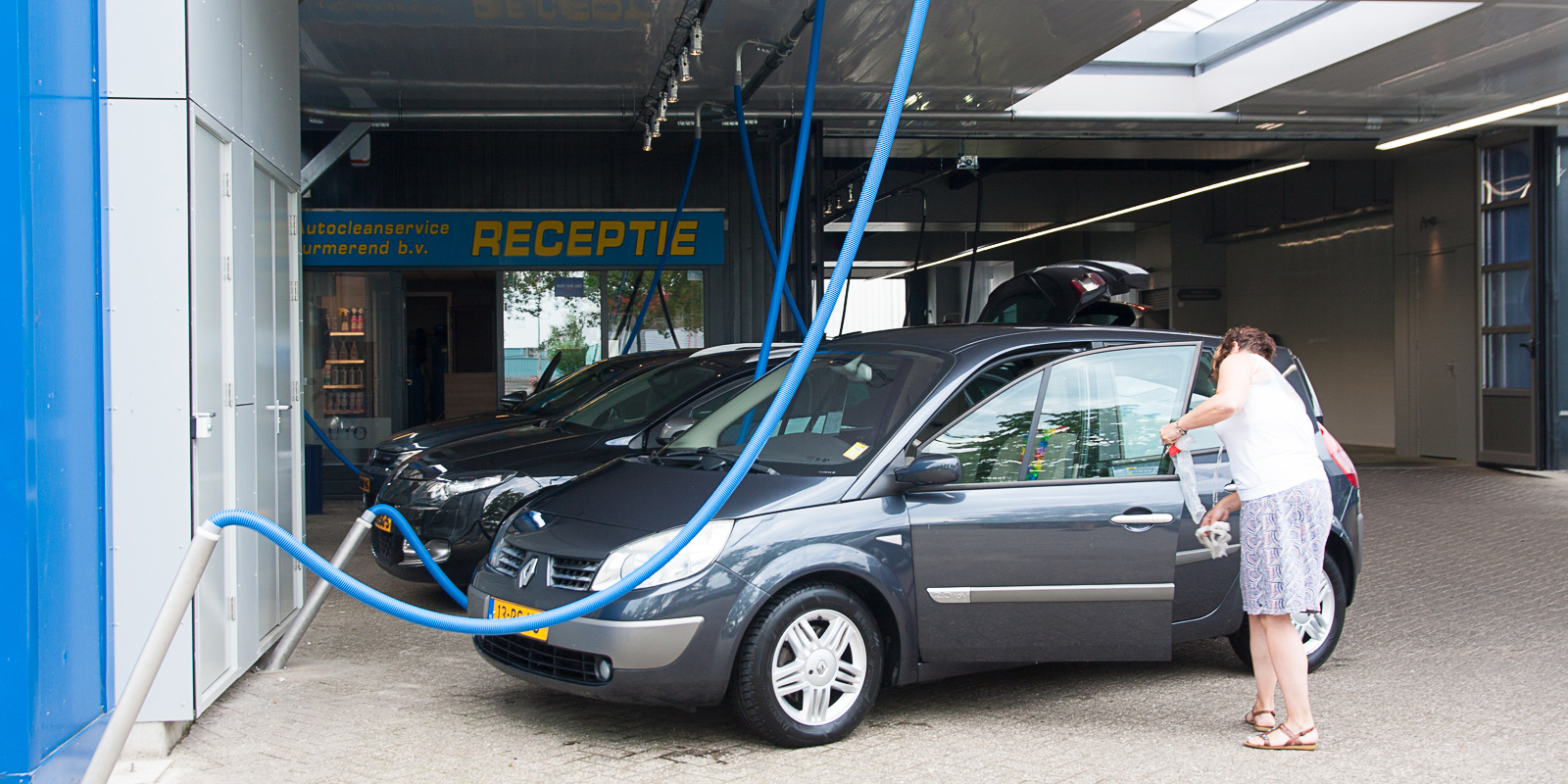 Interieur reinigen auto - autobekleding reinigen - Autocleanservice Purmerend